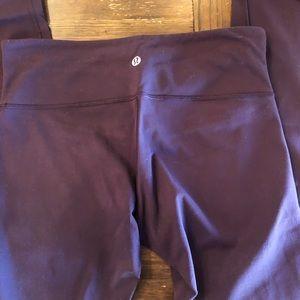 Wunder under lululemon leggings